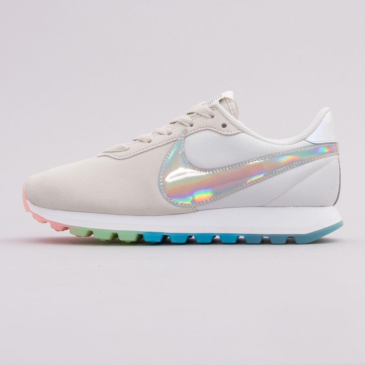 Nike Wmns Pre-Love O.X. AO3166-100 w super cenie!